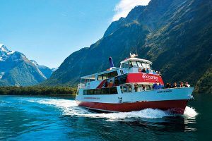 Encounter-Nature-Cruise-Milford-Sound-Southern-Discoveries