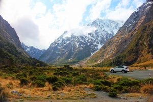 Drive to Milford Sound - Southern Discoveries